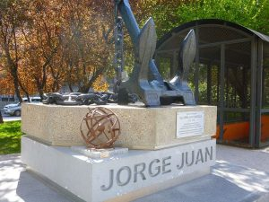 Monumento a Jorge Juan. Plaza del Descubrimiento, Madrid